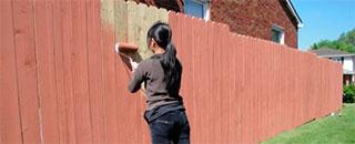 покрасить-забор-на-даче