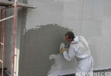 Нанесение штукатрки на фасад