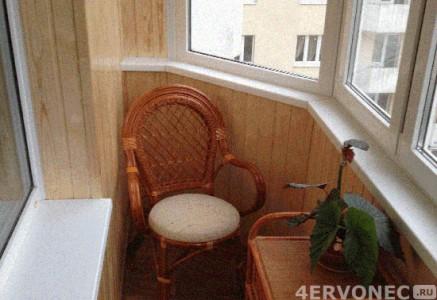 Уголок отдыха на балконе
