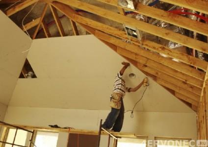 Монтаж гипсокартона при отделке стен и потолка