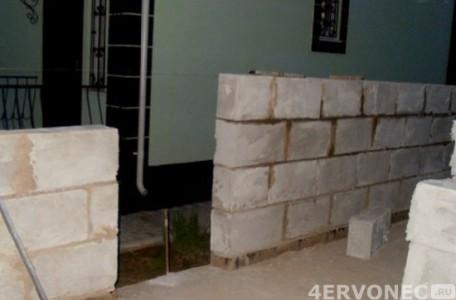 стены для гаража на даче