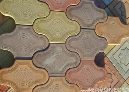 Плитка с добавлением красителя