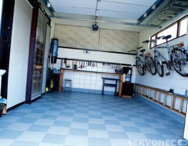 отделка гаража плиткой