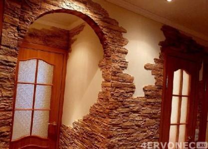 Отделка арки и прилегающих стен камнем