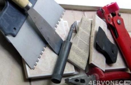Подготовка необходимых инструментов для облицовки плиткой