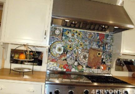 Мозаика над кухонной плитой