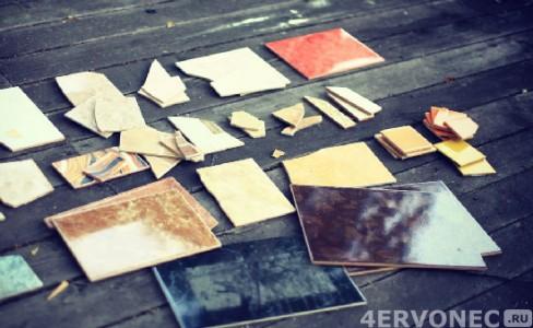 Кусочки битой керамической плитки