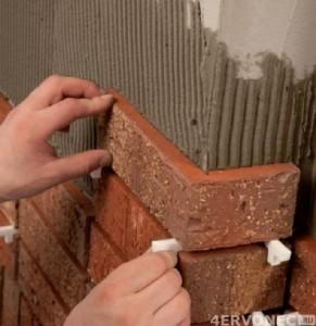 Разделители при отделке камина плиткой