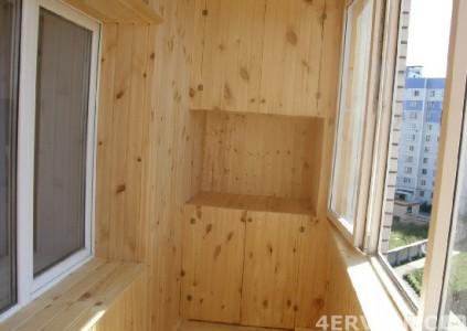Балкон, отделанный вагонкой