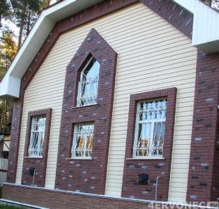 Фото фасада дома с обшивкой сайдингом разных видов