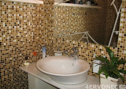 Отделка ванной плиточными панелями-ПВХ